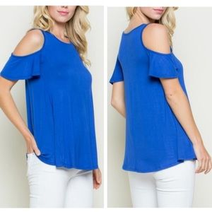 Tops - 💟🆕Darling Royal Blue ctn cut out s/s top.